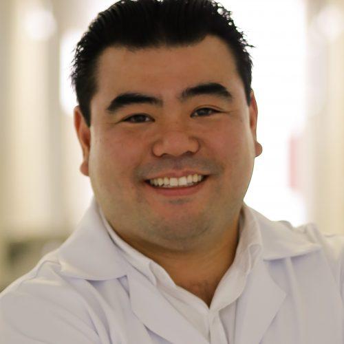 Dr. Gustavo Tiaen