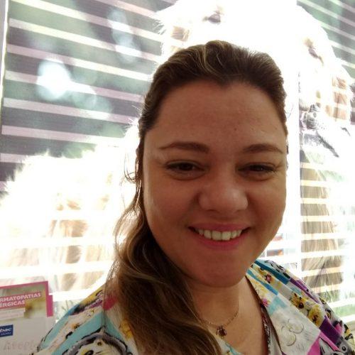 Dra. Camila Guernelli